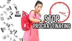 Girl-Procrastinate-Clock